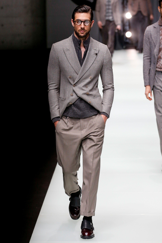 14259bf9d1 Giorgio Armani Fall 2018 Menswear Collection Photos - Vogue