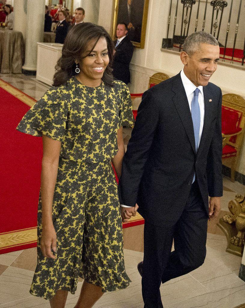 Michelle Obama S Most Stylish Salutes To American Designers Michelle Obama Fashion Barack And Michelle Michelle And Barack Obama