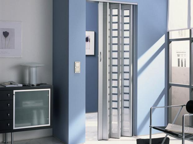 Marley Glas Falttur New Generation Aluminium Weiss Satinierte Kunstglas Einsatze Im Karomuster 86 X 205 Cm Schiebetur Zimmergestaltung Falten
