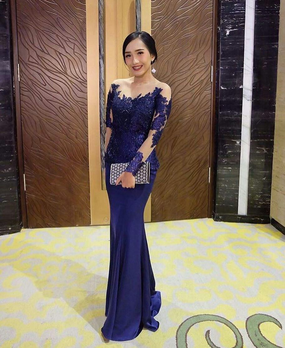 Pin by najwa khaira wilda on kebaya pinterest kebaya brokat and