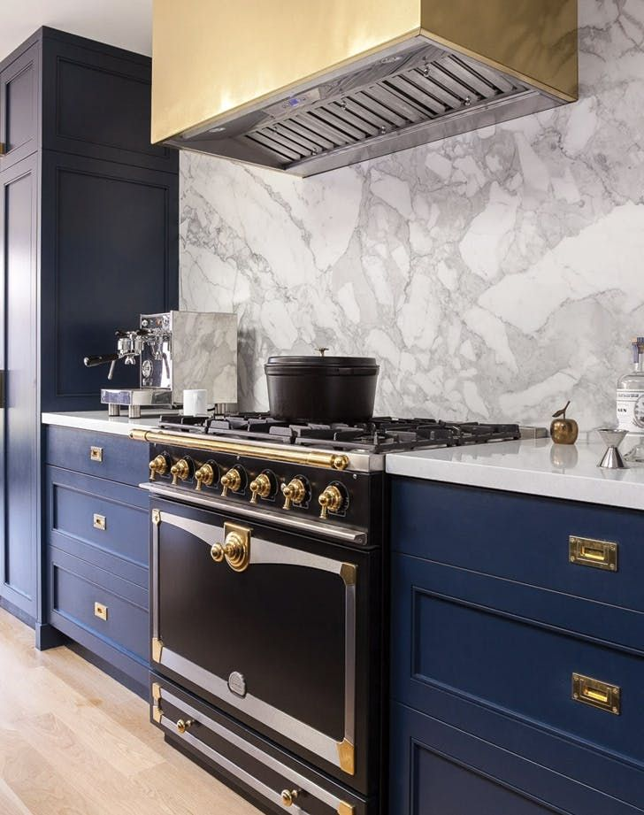 10 Trendy Navy Blue Cabinets You Ll Fall In Love With Navy Blue Kitchen Blue Kitchens Blue Kitchen Cabinets