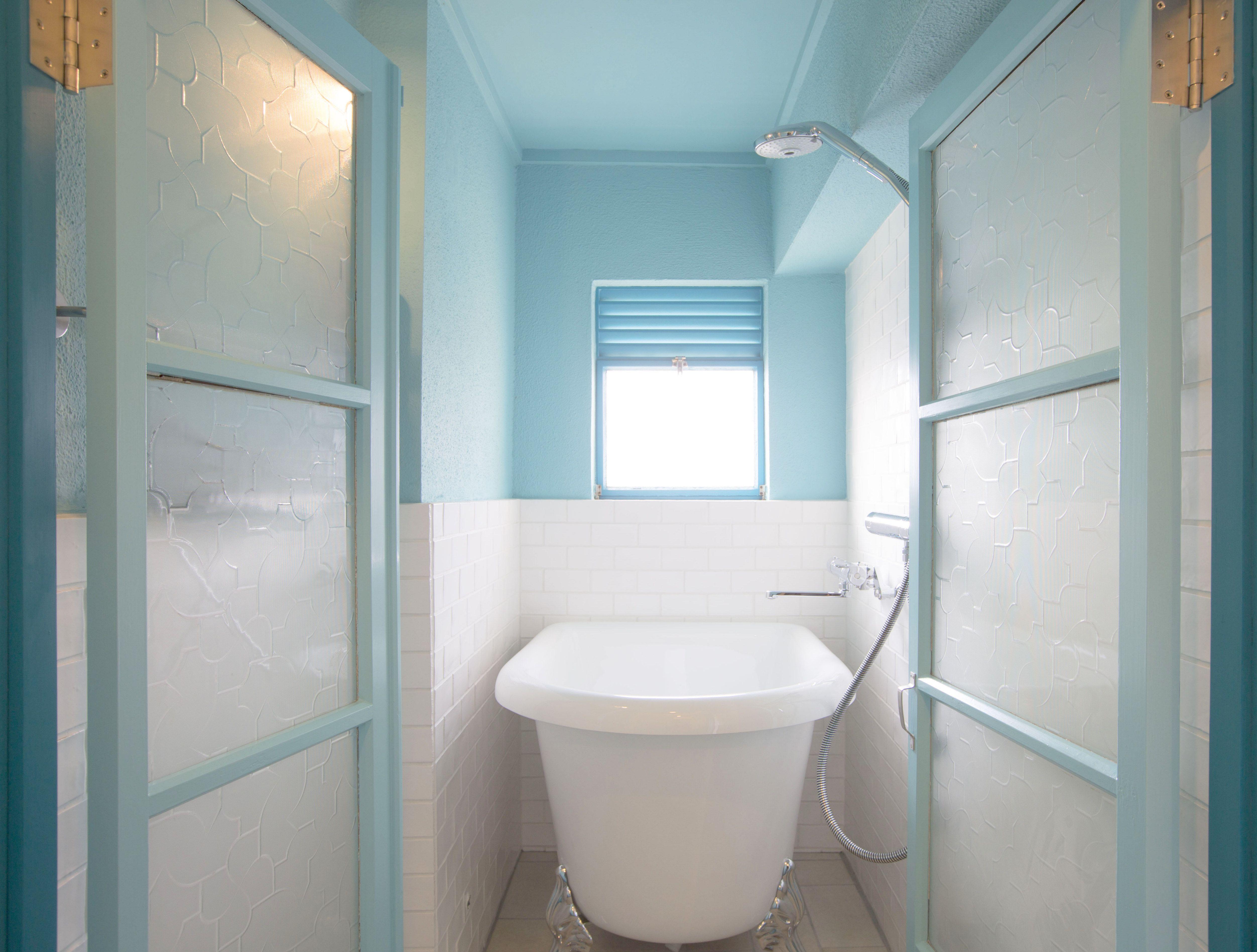 コチラは海外のお風呂場です と言いたいぐらい素敵なお風呂です 日本