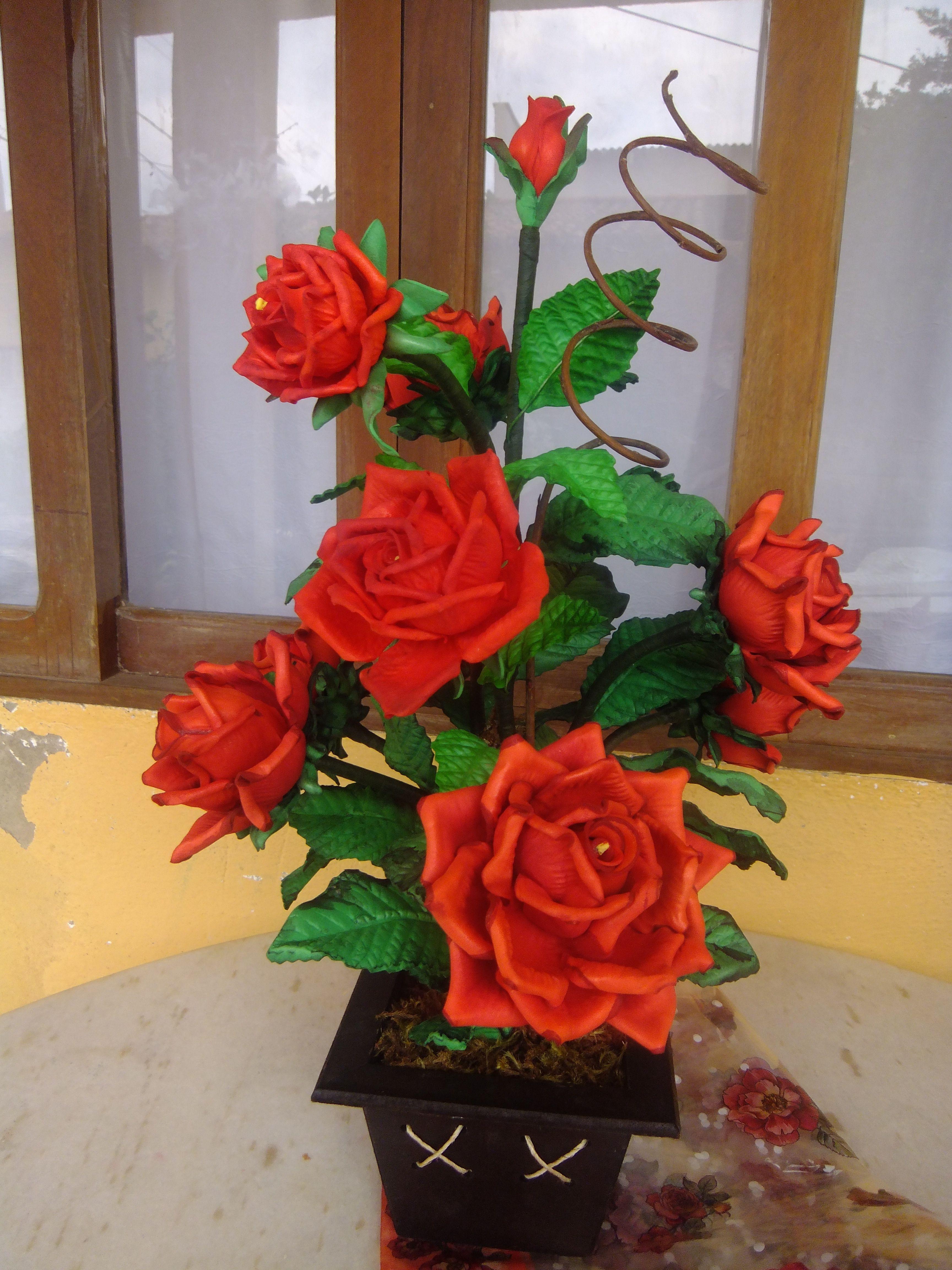 Arranjo Em Eva Arranjos De Rosas Flores Artesanato E Arranjos