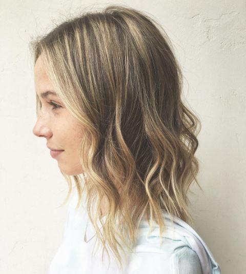 Sofort Nachstylen 7 Einfache Frisuren Fur Dunne Haare Frisur Wenig Haare Lange Dunne Haare Frisuren Dunnes Haar