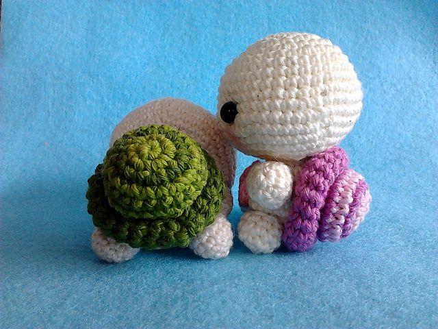 Amigurumi Turtle Pattern : Ravelry cute baby turtle amigurumi pdf pattern pattern by lucy