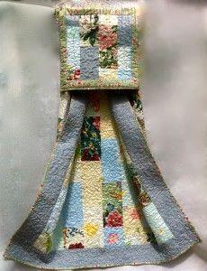 Garden Flowers Quillow Folded