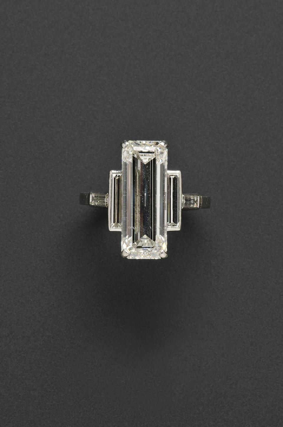 35e641049a2292 7.75-CARAT DIAMOND CARTIER RING to be auctioned at Skinners in Boston I  like the deco design but can't pony up the $80,000-100,000 it will go for