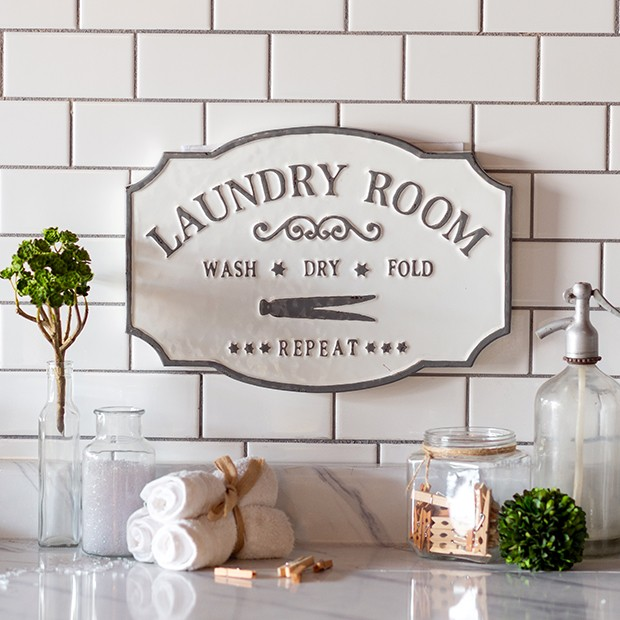 Vintage Inspired Laundry Room Sign