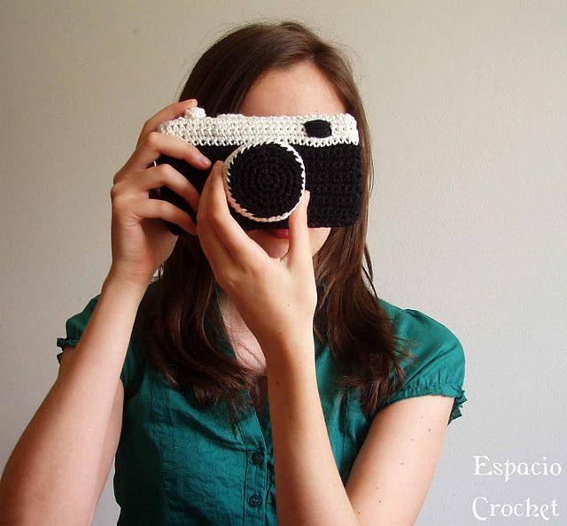 crochet camera@Karin Chase girls would love