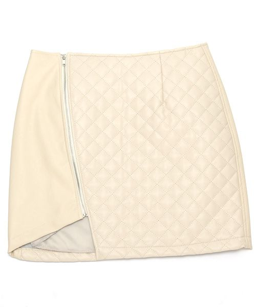 Asymmetric Hem Faux-leather Quilted Skirt in Ivory // Storets.com // #STORETS #MiniSkirt