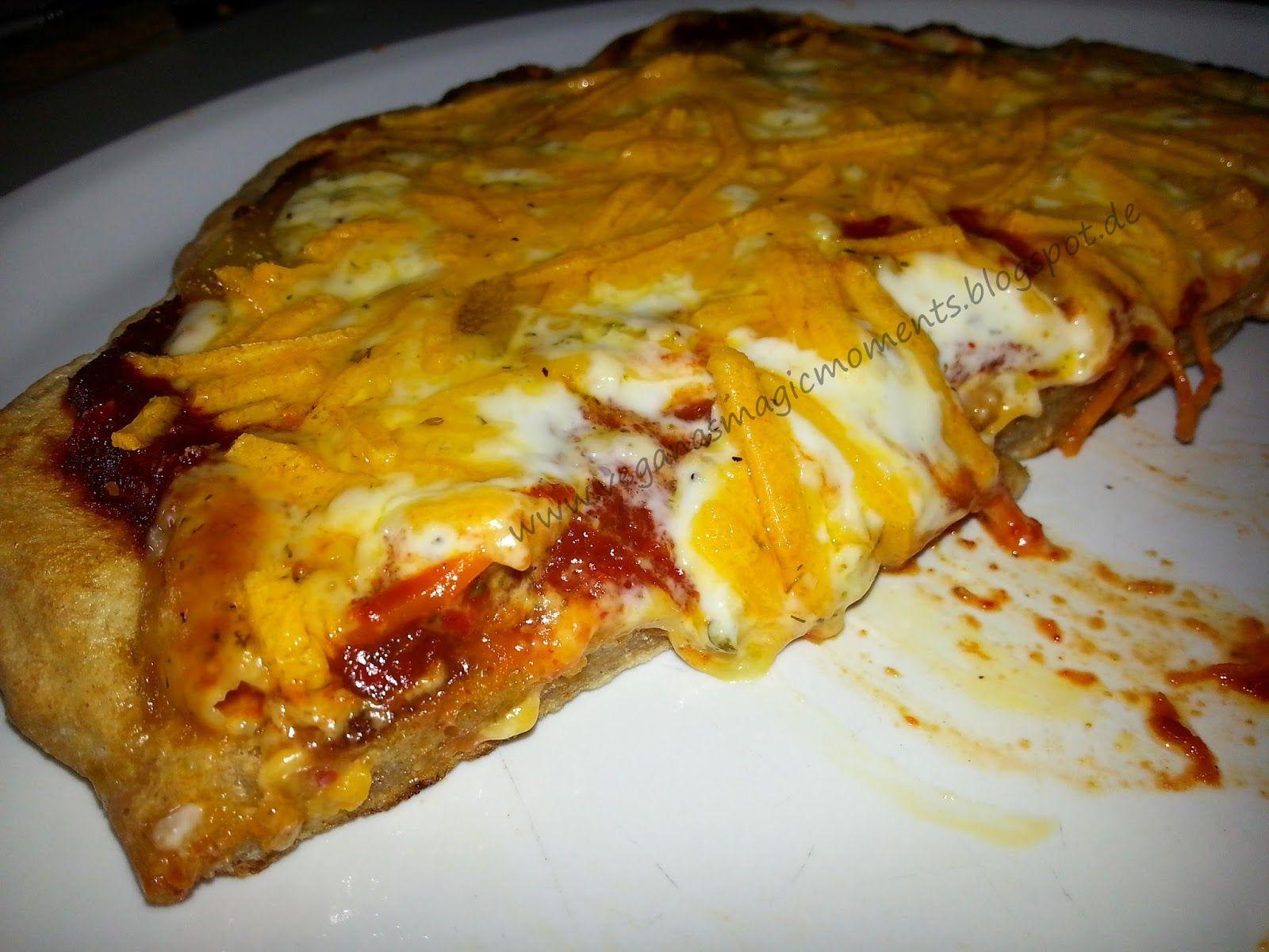 VEGANAS MAGIC MOMENTS: Pfannenpizza vegan: Lachs-(Nachbau)-Spinat und quattro formaggi