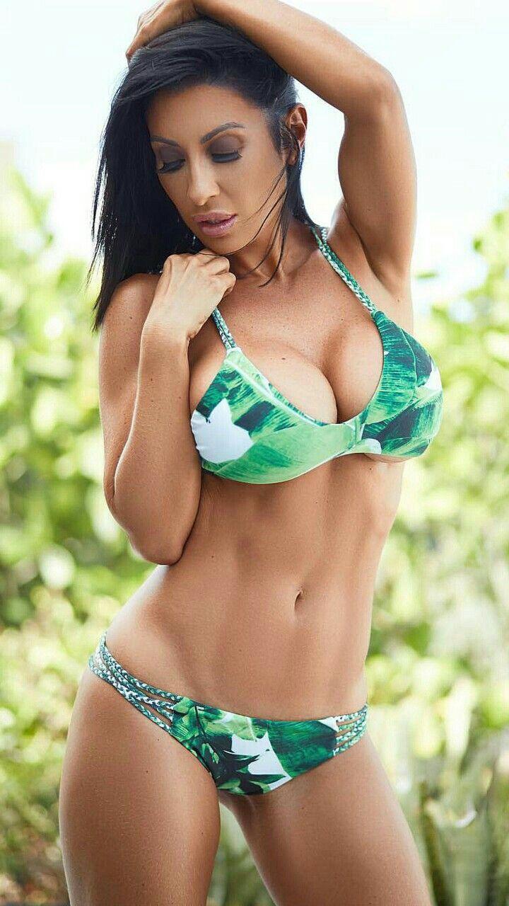caldo nudo bikini modelli