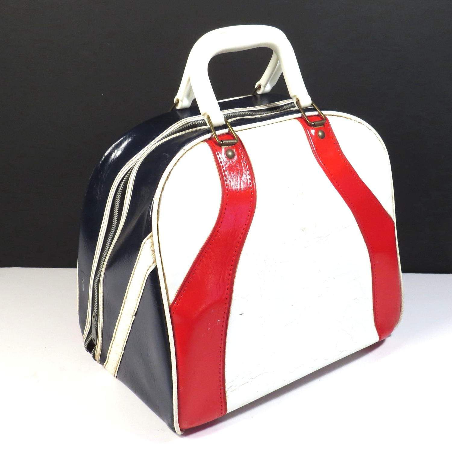 Red White And Blue Bowling Bag Vintage 1970s Retro Bowling Etsy Bowling Bags Bags Vintage Bags