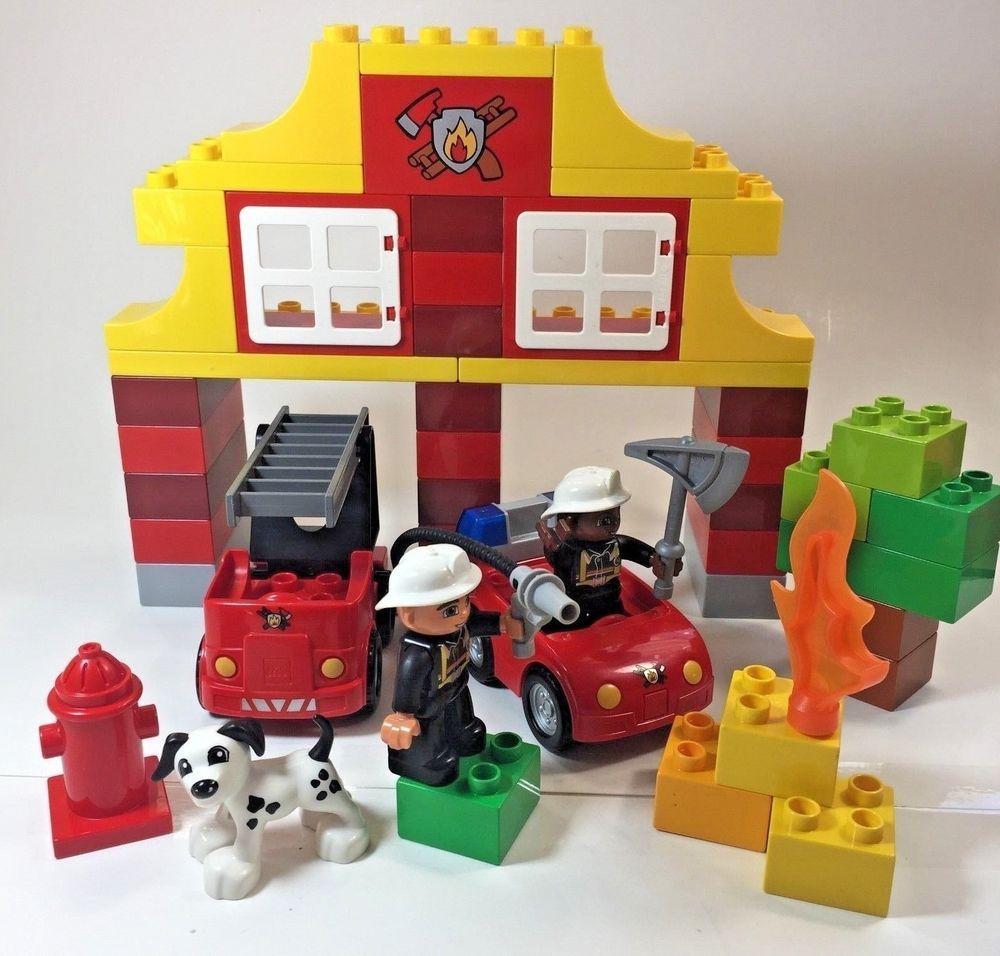 Lego Duplo Fire Station 6138 Dalmation Truck Fireman Hydrant Flame