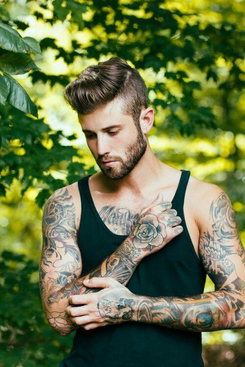 Tattoos-men | Bart tattoo, Tätowierte typen, Hipster mann