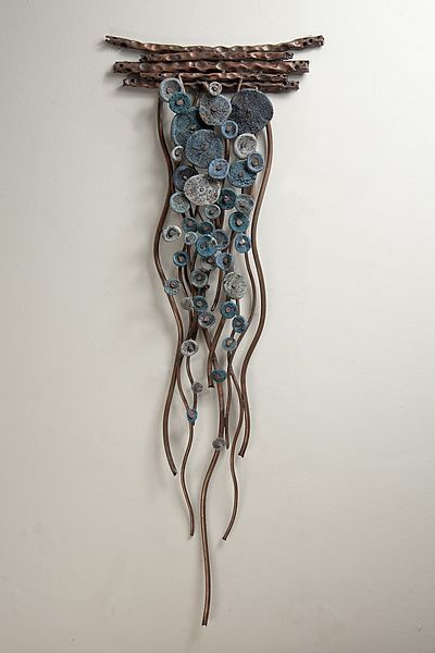 Flow in Blues von Hannie Goldgewicht (Mixed-Media Wall Sculpture
