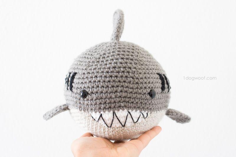 Crochet Shark Amigurumi | Impresionante, Patrones y Croché