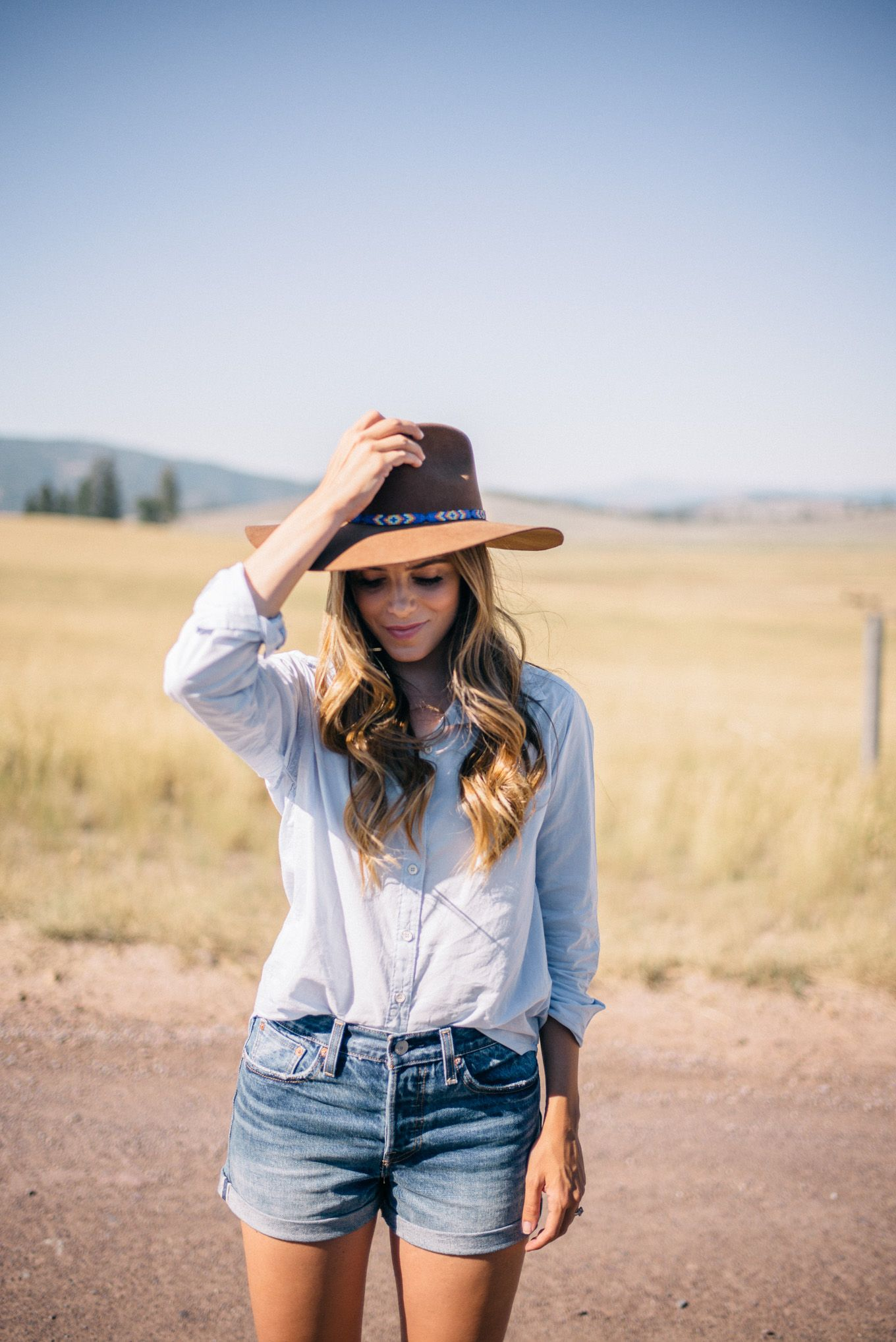 c7112b34d6b Gal Meets Glam Glamping In Montana -Velvet by Graham   Spencer shirt