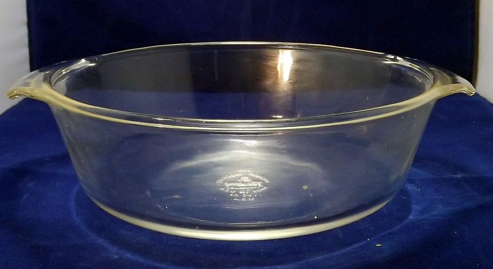 Vintage Fire King Oven Ware 1 1 2 Qt Casserole Dish Round