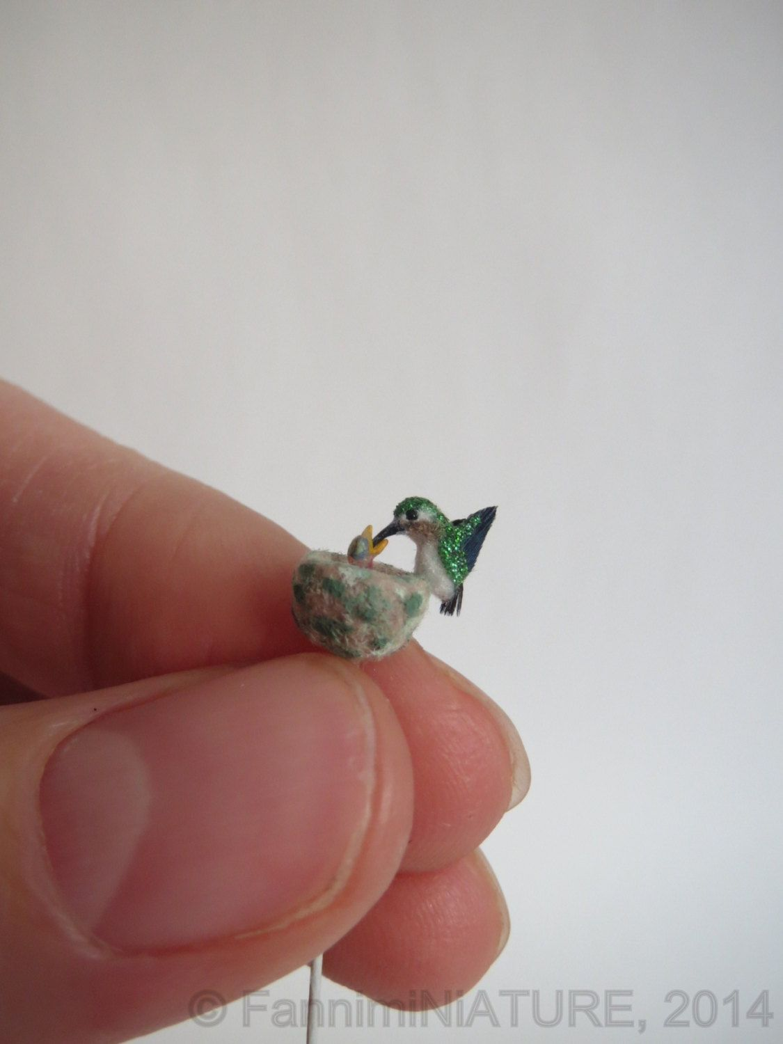 Dollhouse miniature hummingbird feeding her baby by FannimiNiATURE