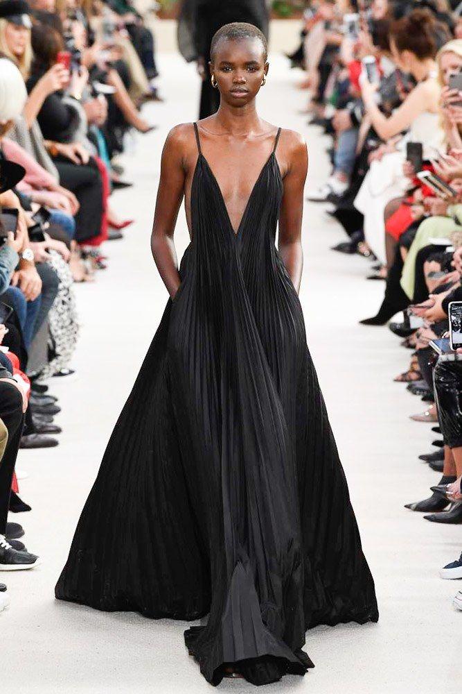Valentino Spring 2019 ReadytoWear Fashion Show Fashion
