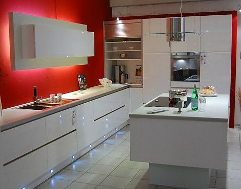 Schmidt Küche STRASS Grifflos Hochglanz weiss - Schmidt grifflos - Küchen Weiß Hochglanz