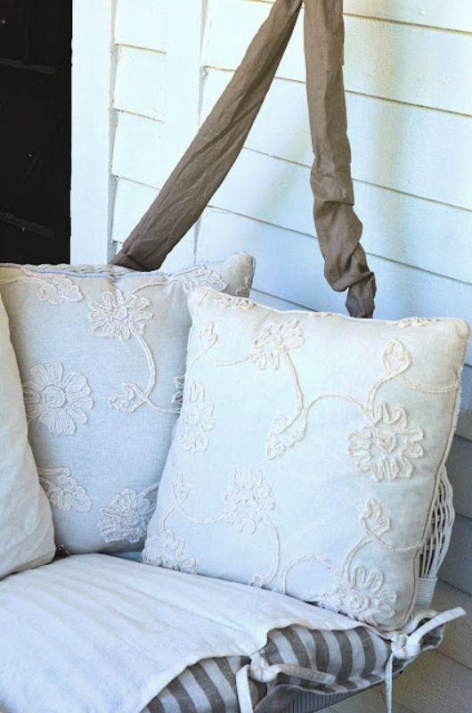 almofadas brancas