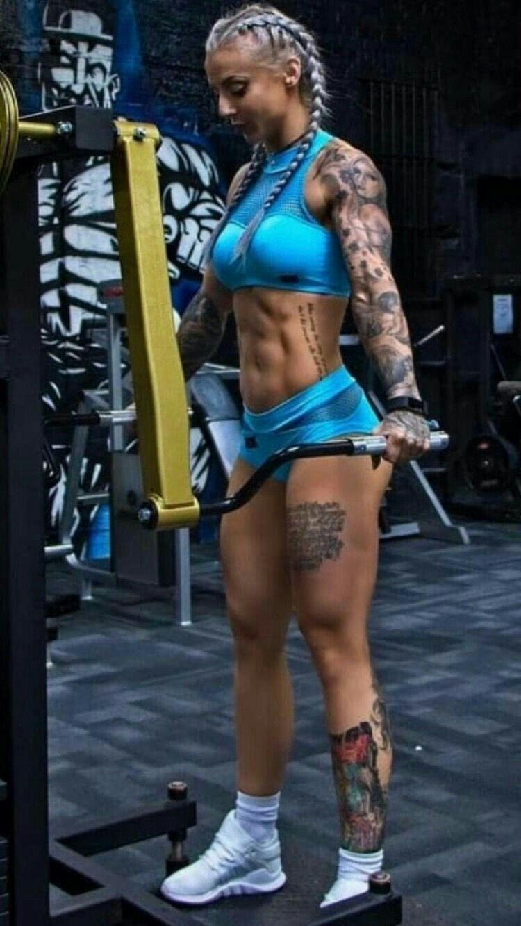 Fitness girl  fitnessgirls   Awesome Strength   Fitness   Pinterest ... 67f2ea53f97