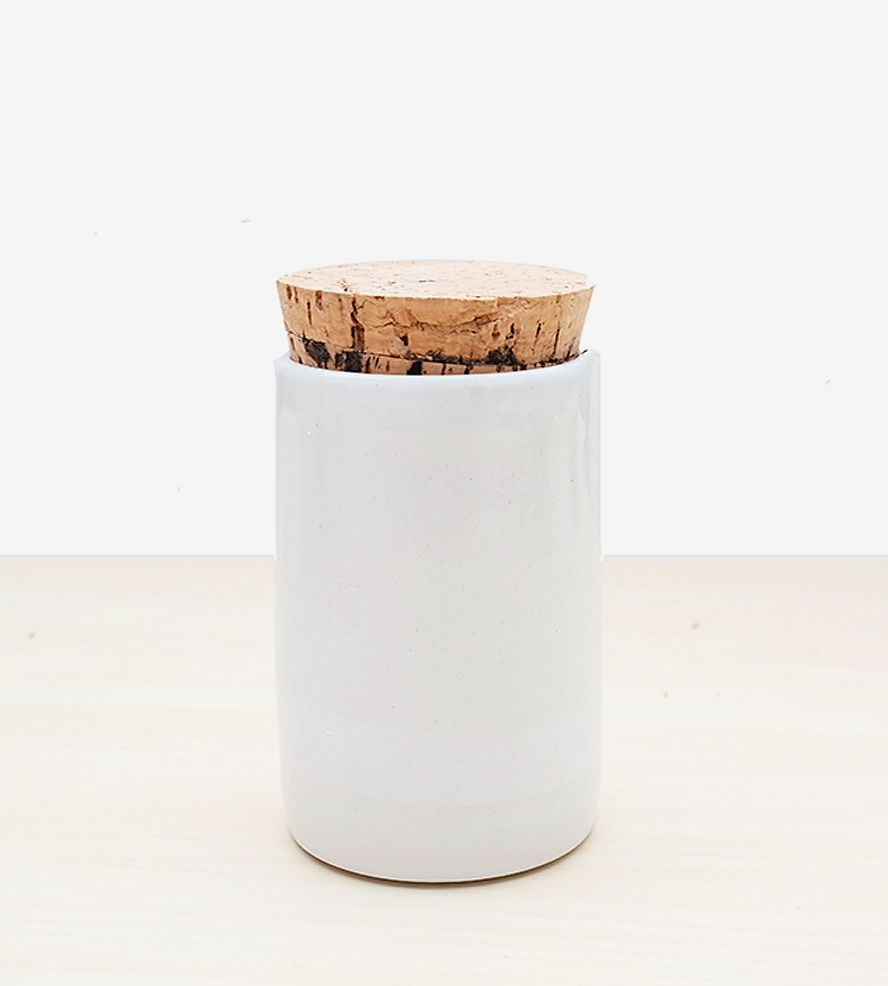 Small Ceramic Spice Jar with Cork Lid | Dress up the spice rack with