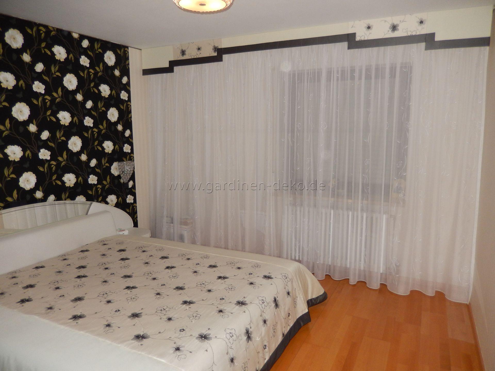 pin von gretzinger fensterdeko auf unsere arbeiten pinterest vorh nge blumenmuster und gardinen. Black Bedroom Furniture Sets. Home Design Ideas