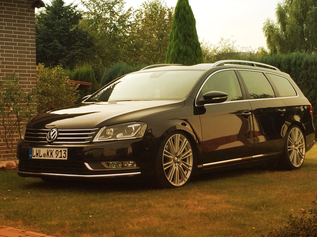 passat b7 on 19 39 inch rims with passat b7 pinterest rebaixados carros. Black Bedroom Furniture Sets. Home Design Ideas