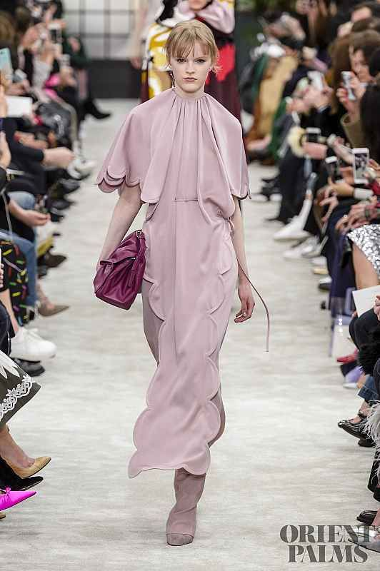 Valentino Fall Winter 2018 2019 Ready To Wear Dress Pinterest