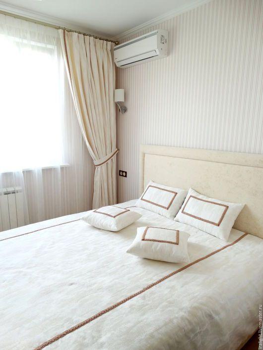 Шторы в спальню. Покрывало на кровать. Текстиль для спальни. Подушки ...