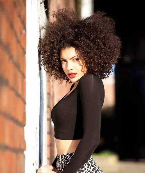 Quick Hairstyles For Kinky Curly Hair : 25 curly hairstyles for cute black round faces hairstyle ideas