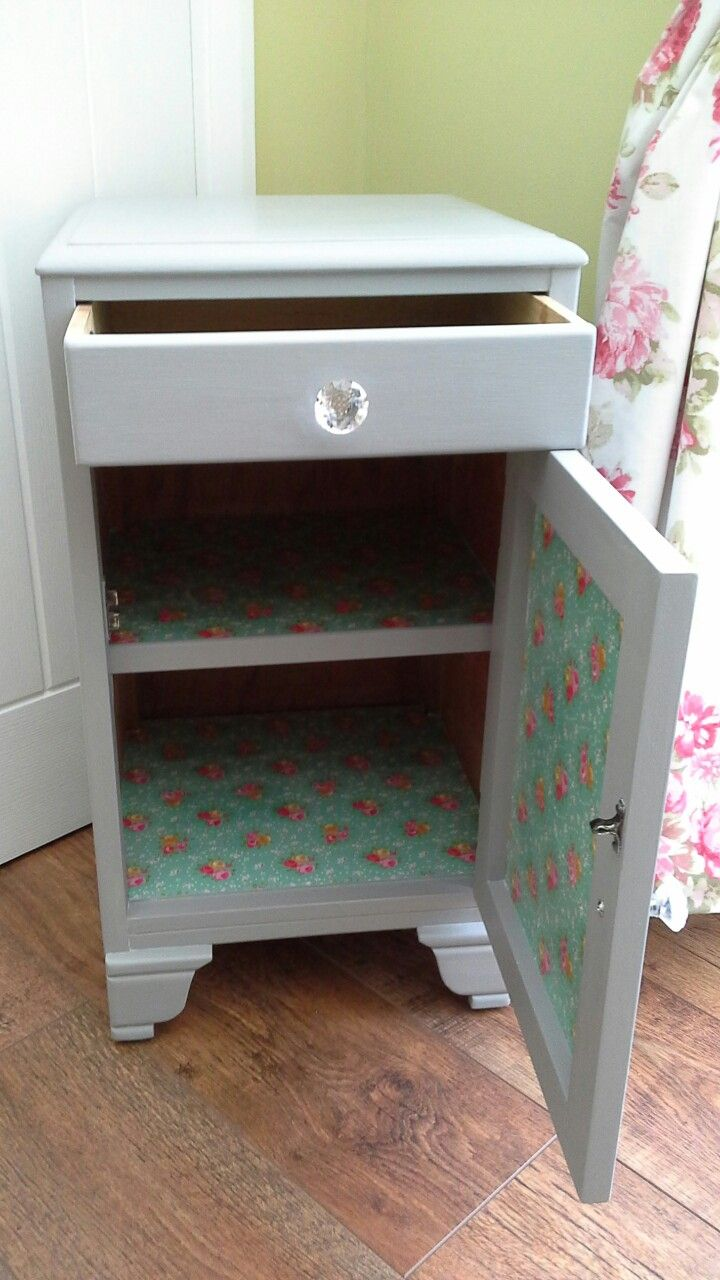 Shabby Chic Hand Painted Bedside Table Drawer Unit Grey Pink Green Floral Ditsy Wendys House On Facebo Hand Painted Bedside Table Wendy House Painted Furniture