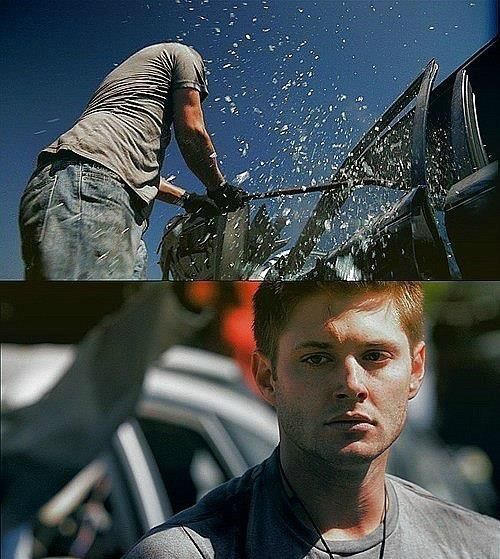 I dont know that I could have cried harder when Dean started smashing up his baby... He felt like everything was falling to pieces around him and he just couldnt contain that helpless/angry feeling anymore. =(