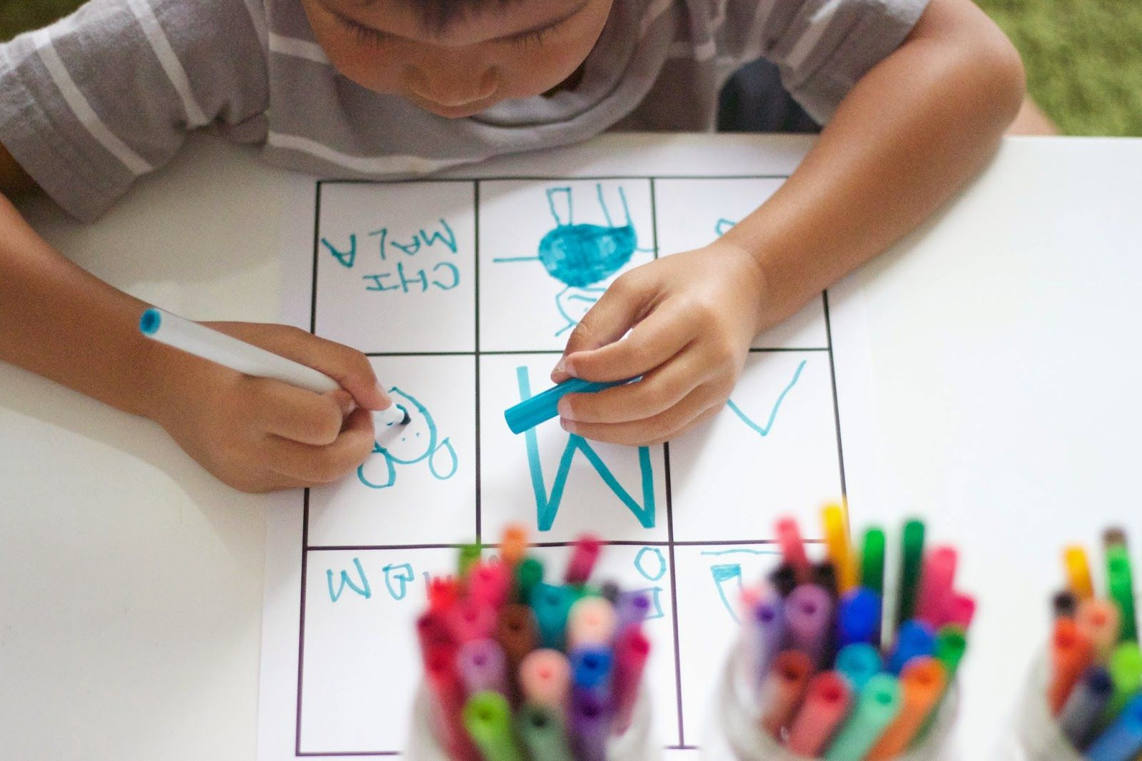 A Simple Initial Sound Phonics Activity That Uses Everyday