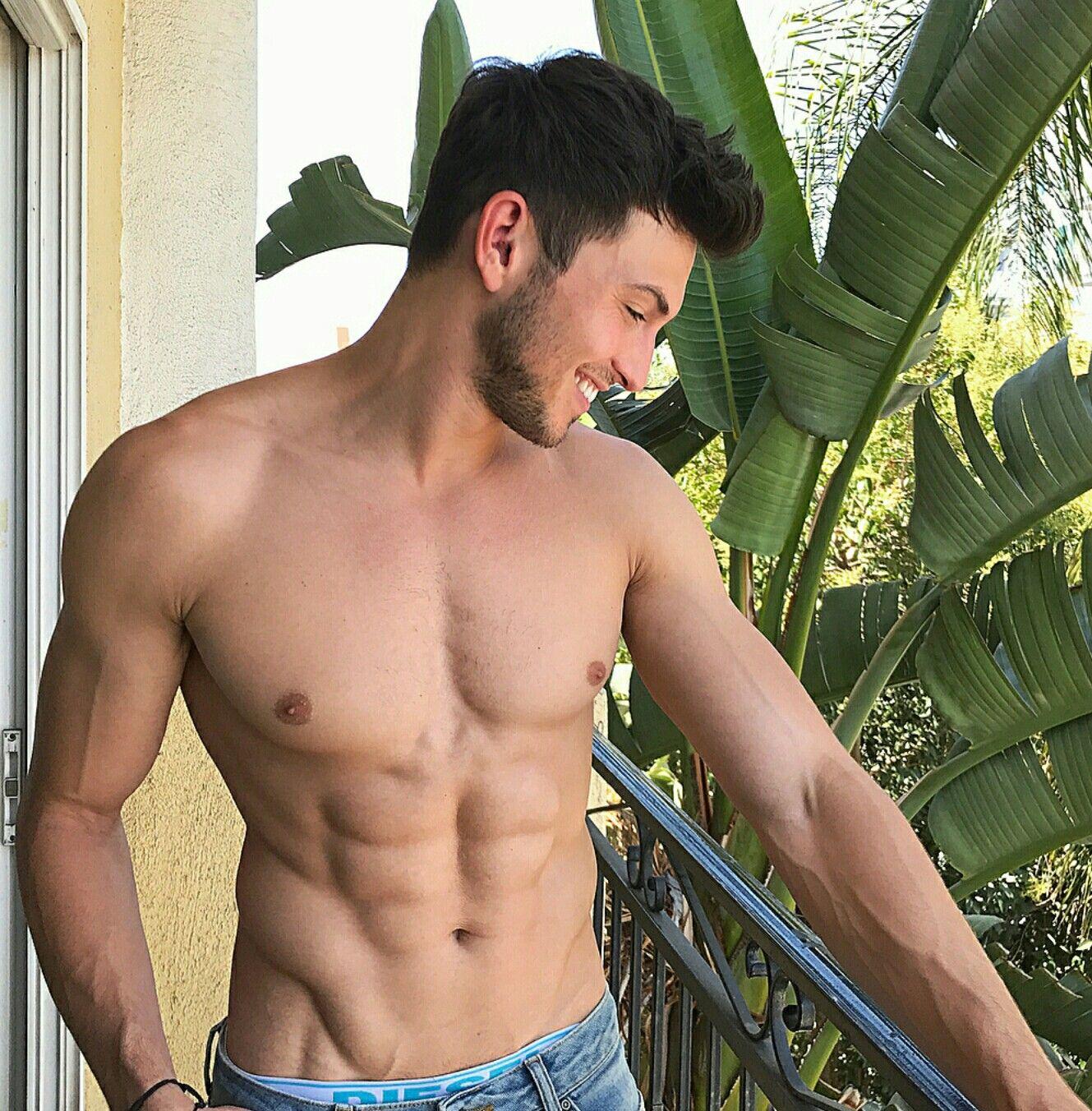 Shirtless Men On The Blog: Robert Scott Wilson Shirtless