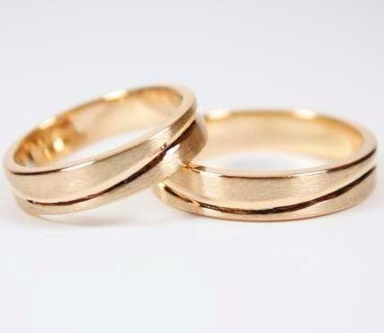 Alianzas De Boda Anillos De Boda Alianzas De Matrimonio Alianzas De Novios Anillos De Matrimonio Anillos De Novi Wedding Rings Gold Rings Engagement Rings