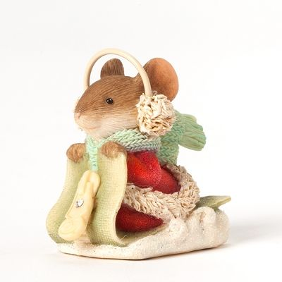 Heart of Christmas Mouse on Zipper Sled go little mousey ...