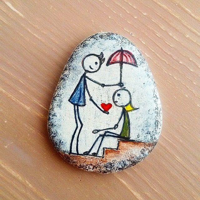 47 Likes 6 Comments Serpi̇l İnce Tasboyama On Instagram Taş Boyama El Yapımı Hediyelik Taşboyama K Rock Painting Art Rock Crafts Rock Painting Designs