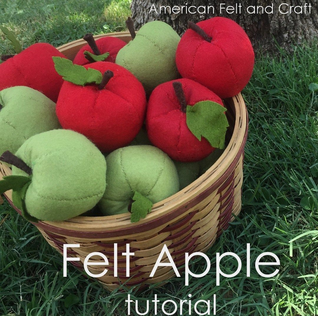 Free sewing pattern: Felt apples for fall #felttoys