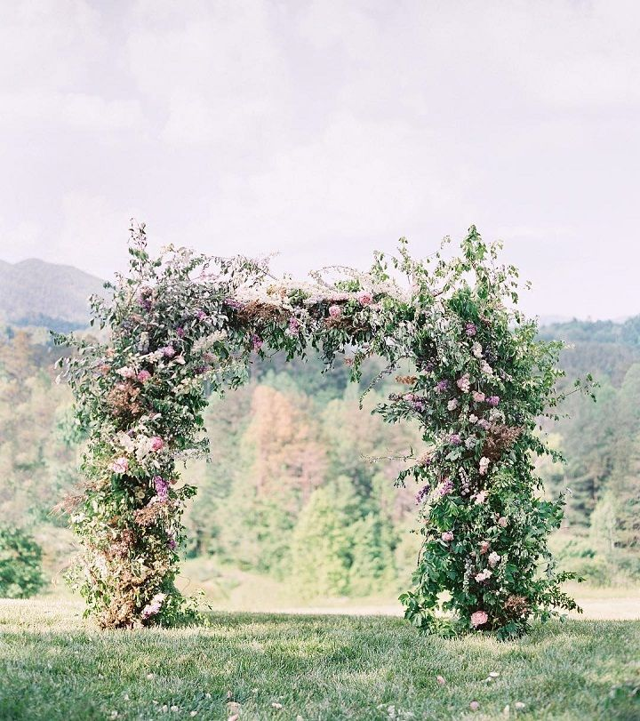 Wedding Arch - floral arch is simply breathtaking #weddingceremony #weddingdecor