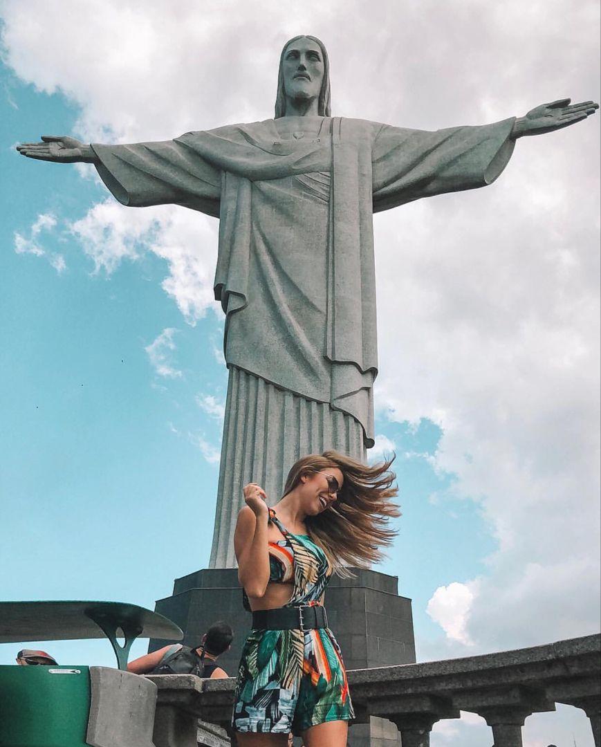 Cristo Redentor And Girl Fotos Do Rio Rio De Janeiro Wallpaper Cristo Redentor