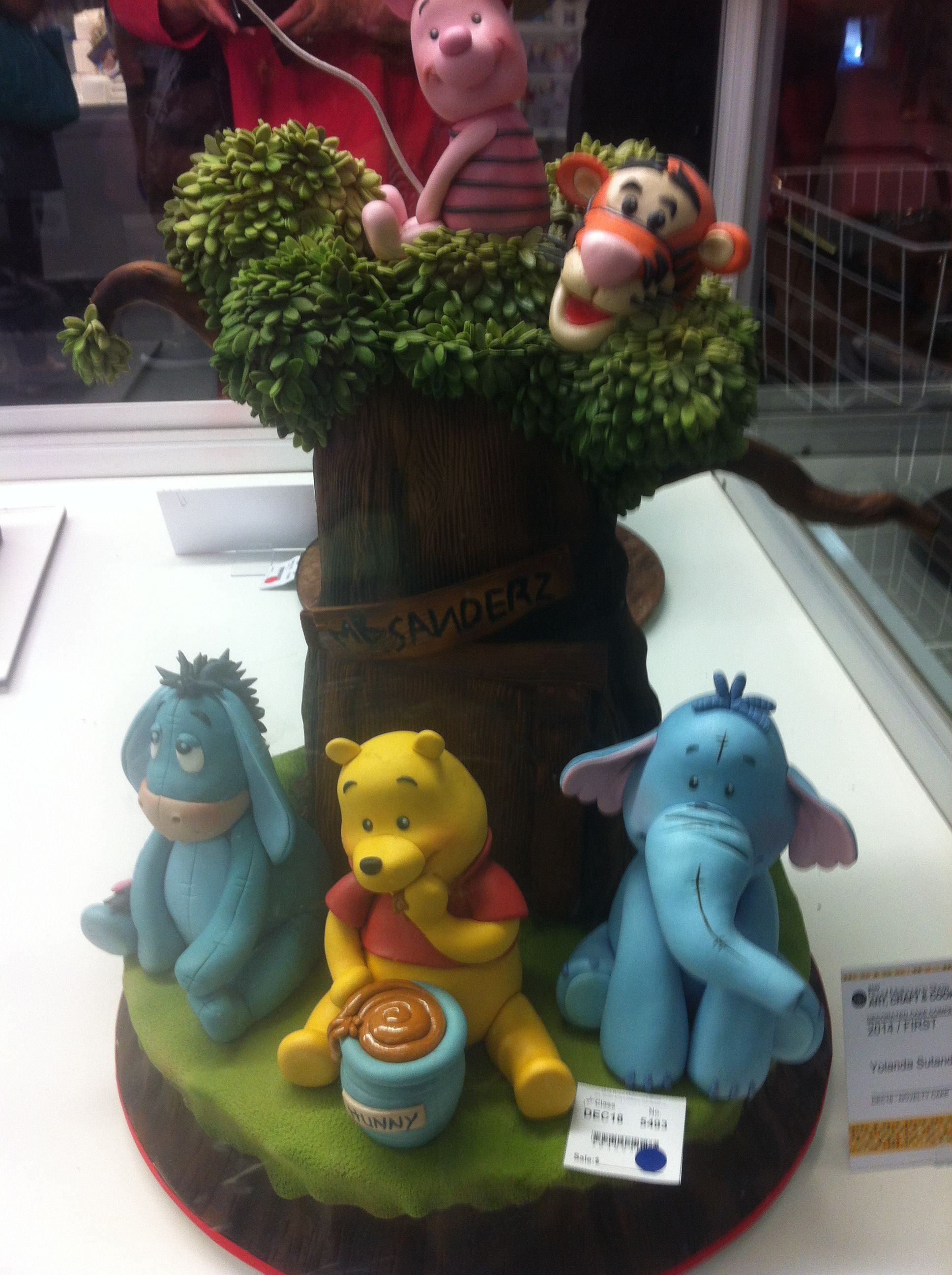 Decorative Themed Cake Winnie the Pooh Royal Melbourne ...