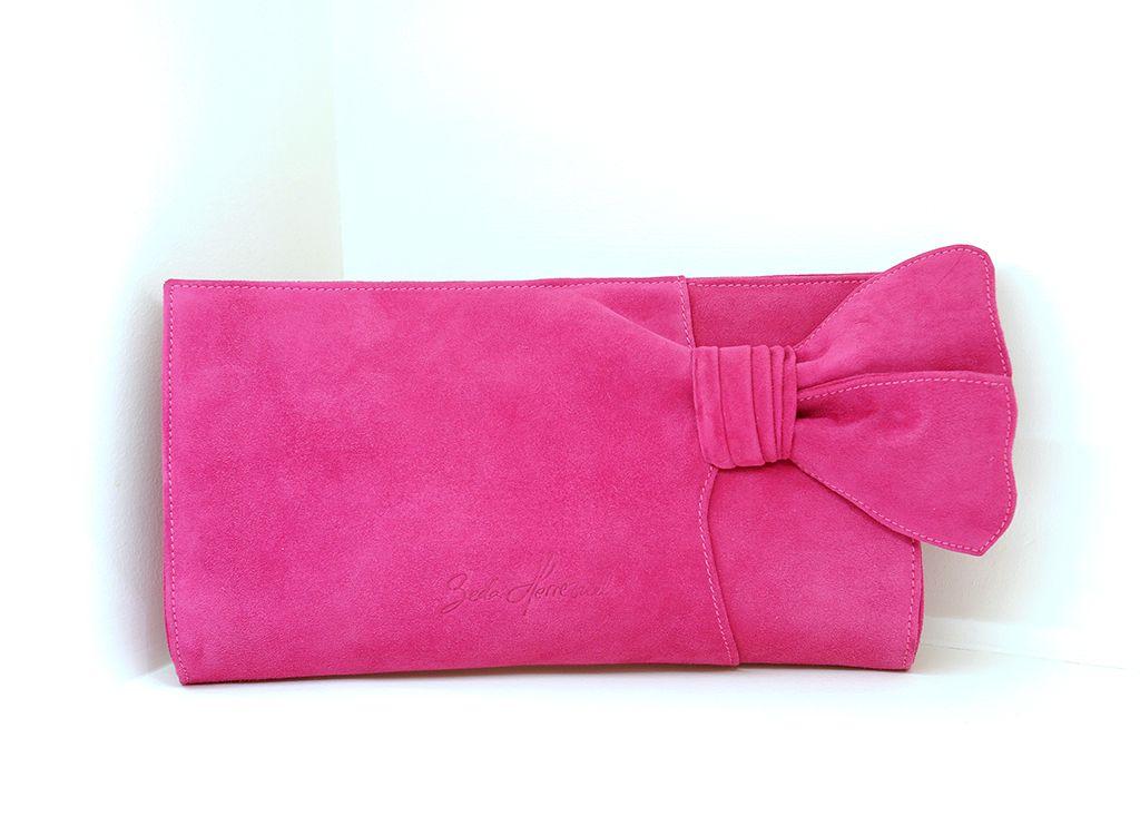 diseño de calidad c7ac5 8527a Bolso de mano confeccionado en ante color rosa fucsia ...
