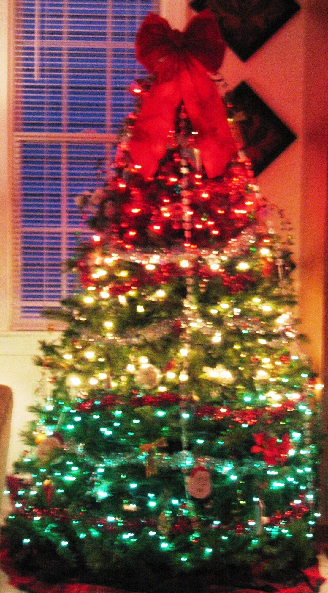 Red, White & Green Christmas Tree