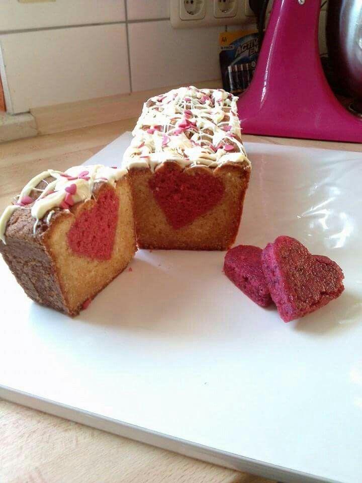 Ein Valentinstagskuchen Mit Herz Valentinstag Backen Jasoka
