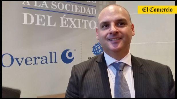 Unos 170 mil profesionales peruanos trabajan en el extranjero