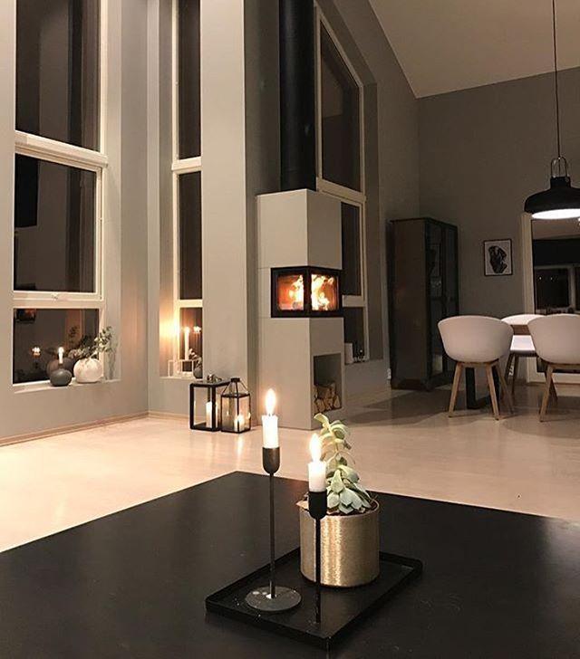 f i n  m a n d a g  d e r e!  Med dette bildet til @annette_vel håper vi alle får en herlig ukestart ! ............................. #onetofollow##interiordesign #design #interior #interior4you1 #inspire_me_home_decor #inspirasjonsguidennorge #boligmagasinet #@interior4you1 @interior_magasinet # #design #interiordesign #whiteinterior #nordicinspiration #myinteriortips#skandinaviskehjem #boligpluss #nordicminimalism @interiordesignideas @interior_designers @rom123egmont @bobedrenorge #bobedre